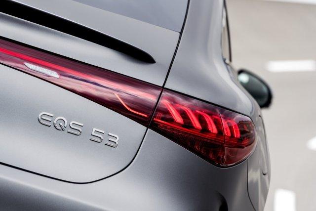 2021-Mercedes-AMG-EQS-53-4MATIC- (7)