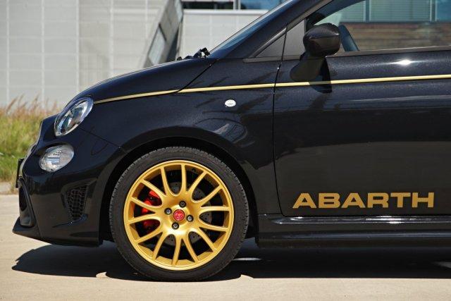 test-2021-abarth-595-scorpioneoro- (12)