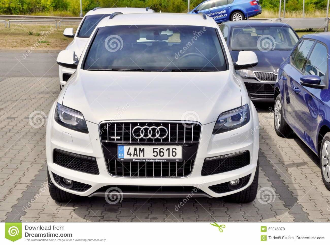 Latest White Audi Q7 Editorial Stock Photo Image Of Audi Model Free Download