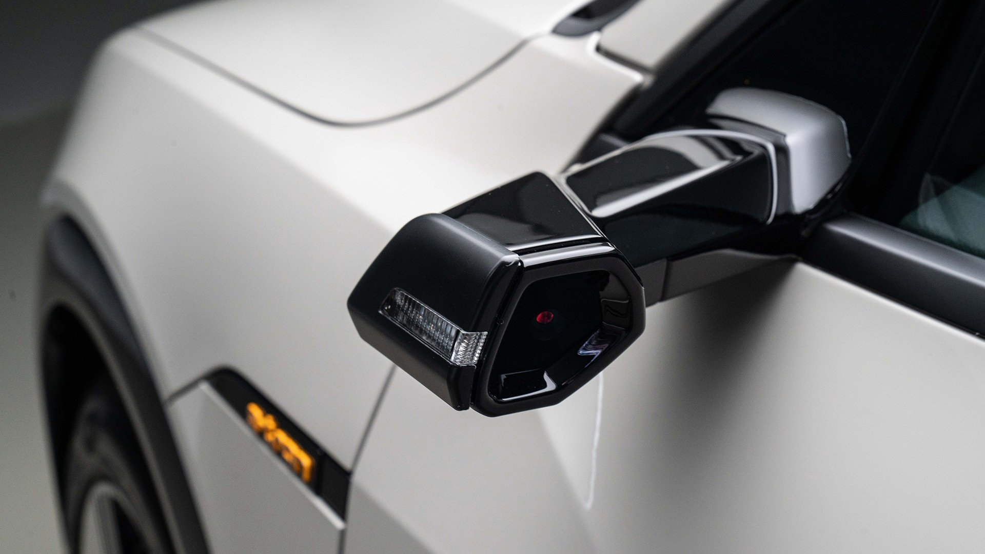 Latest Testing The Audi E Tron S Virtual Side View Mirrors Is Free Download