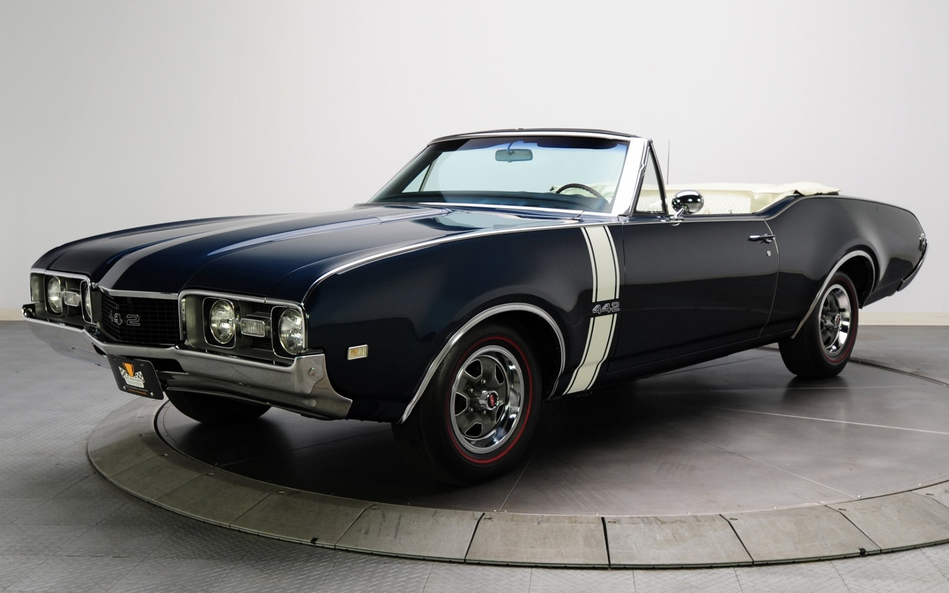 Latest Oldsmobile Convertible 1968 Convertible Oldsmobile Free Download