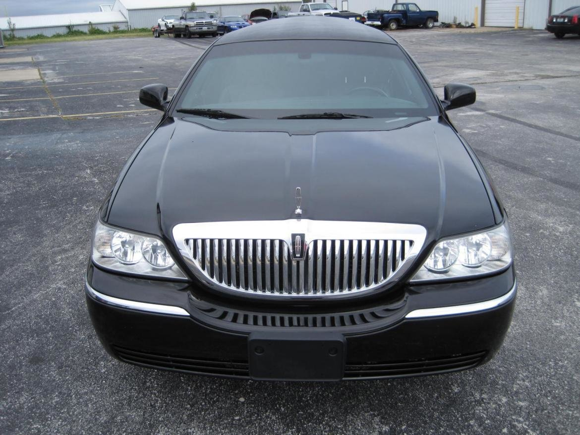 Latest Used 2011 Lincoln Town Car For Sale Ws 10161 We Sell Limos Free Download