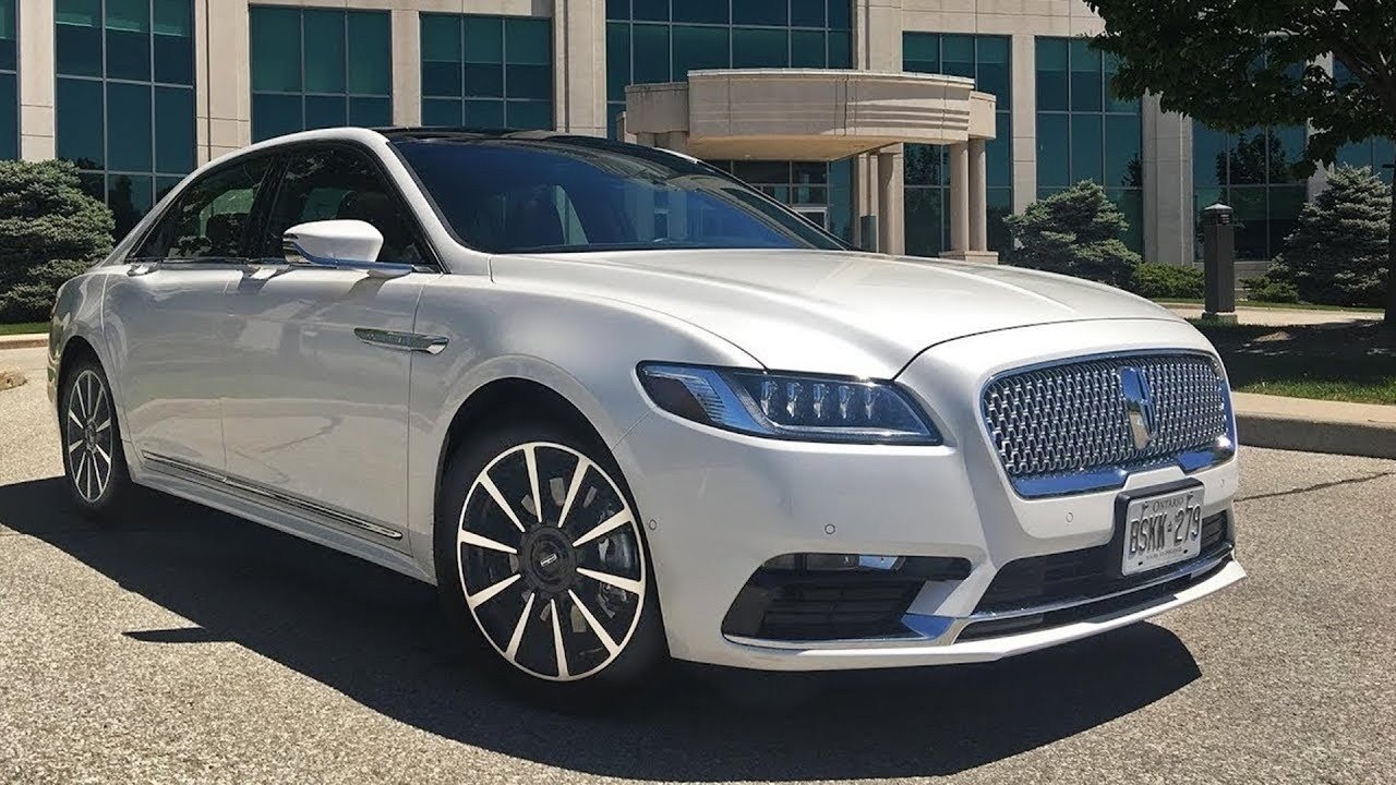 Latest 2019 Lincoln Town Car Engine Hd Wallpapers Autoweik Com Free Download