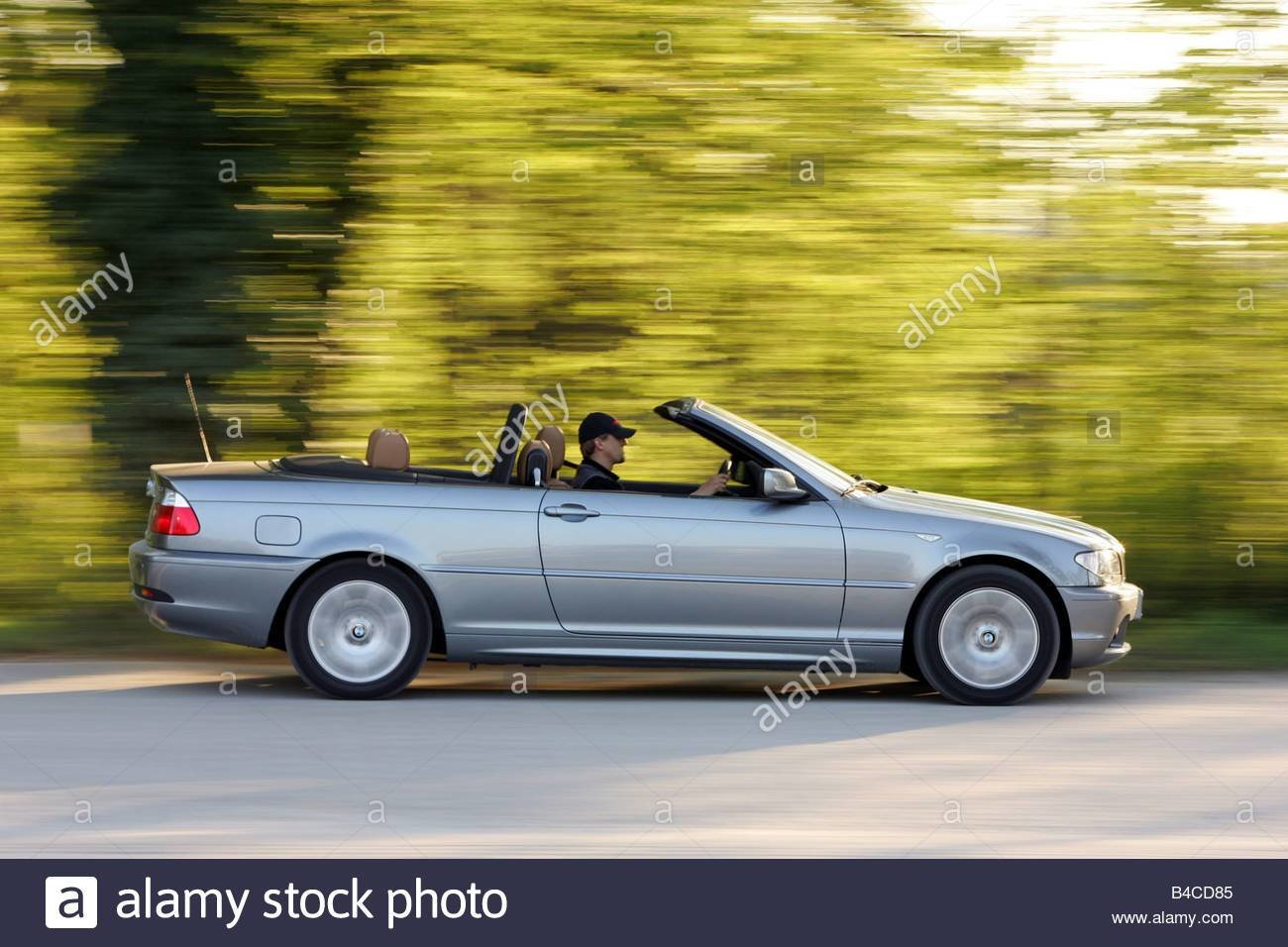 Latest Car Bmw 318 Ci Convertible Model Year 2005 Silver Free Download