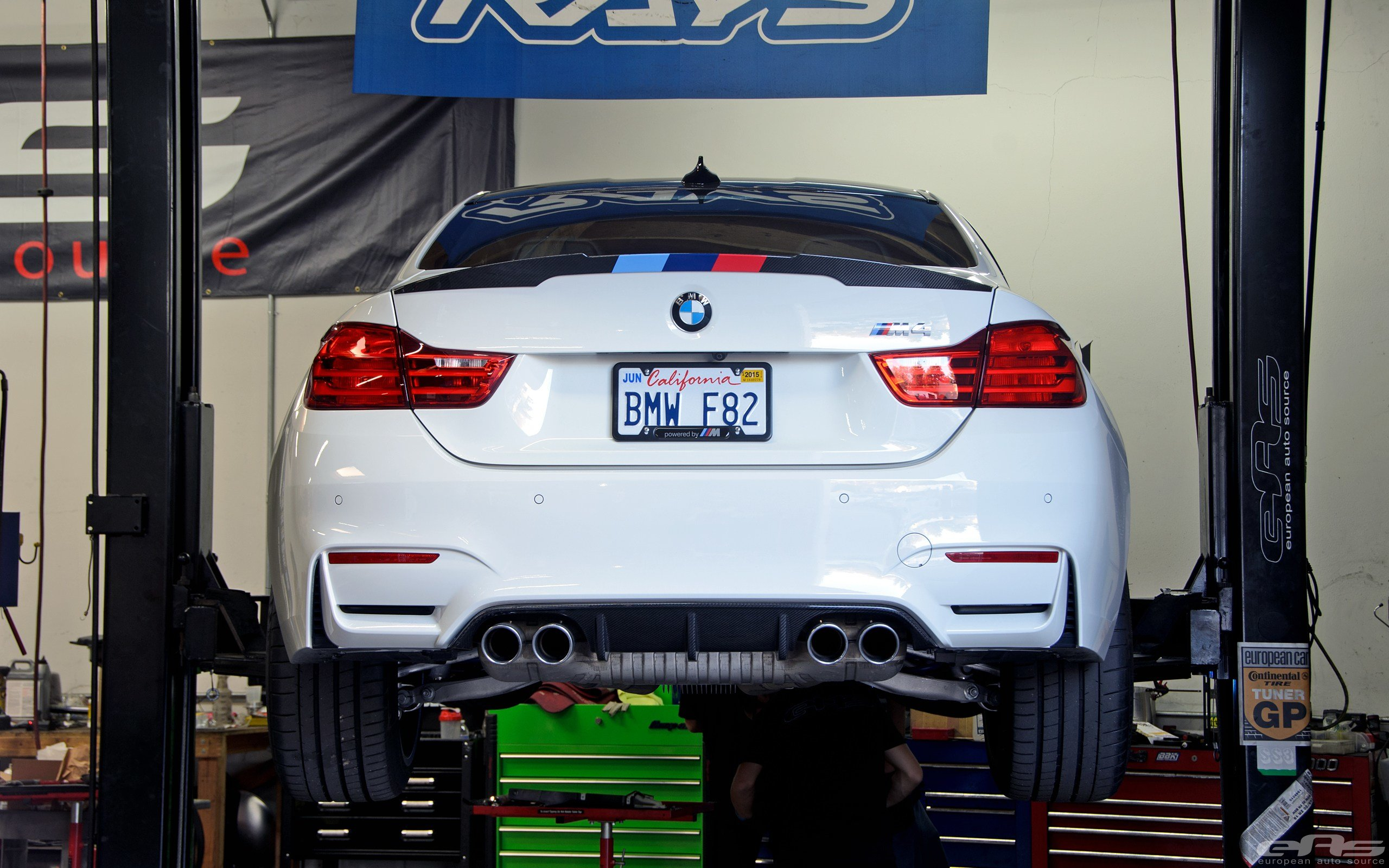 Latest Alpine White Bmw M4 Featured In Bmw's Stand At Sema Was Free Download