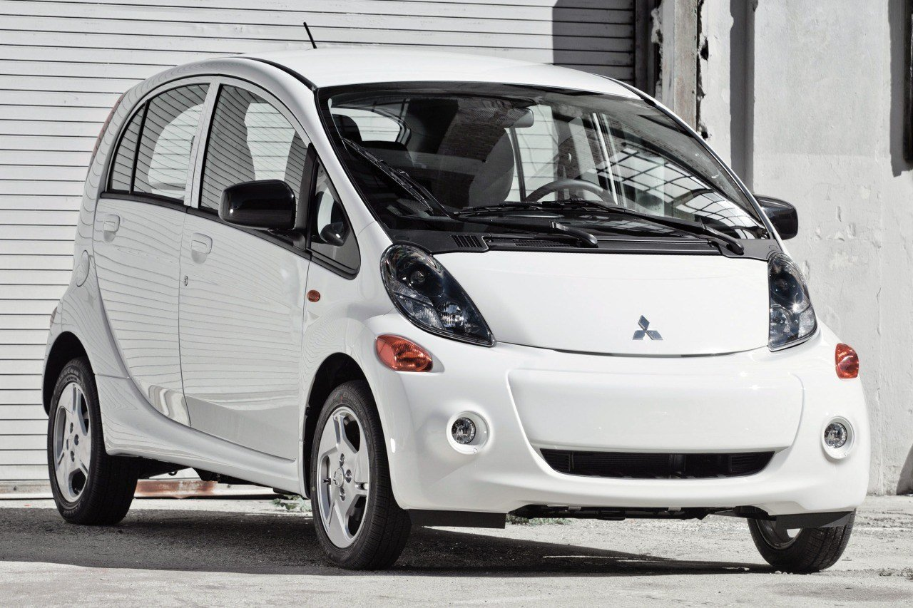 Latest Mitsubishi Electric Cars Research Pricing Reviews Edmunds Free Download