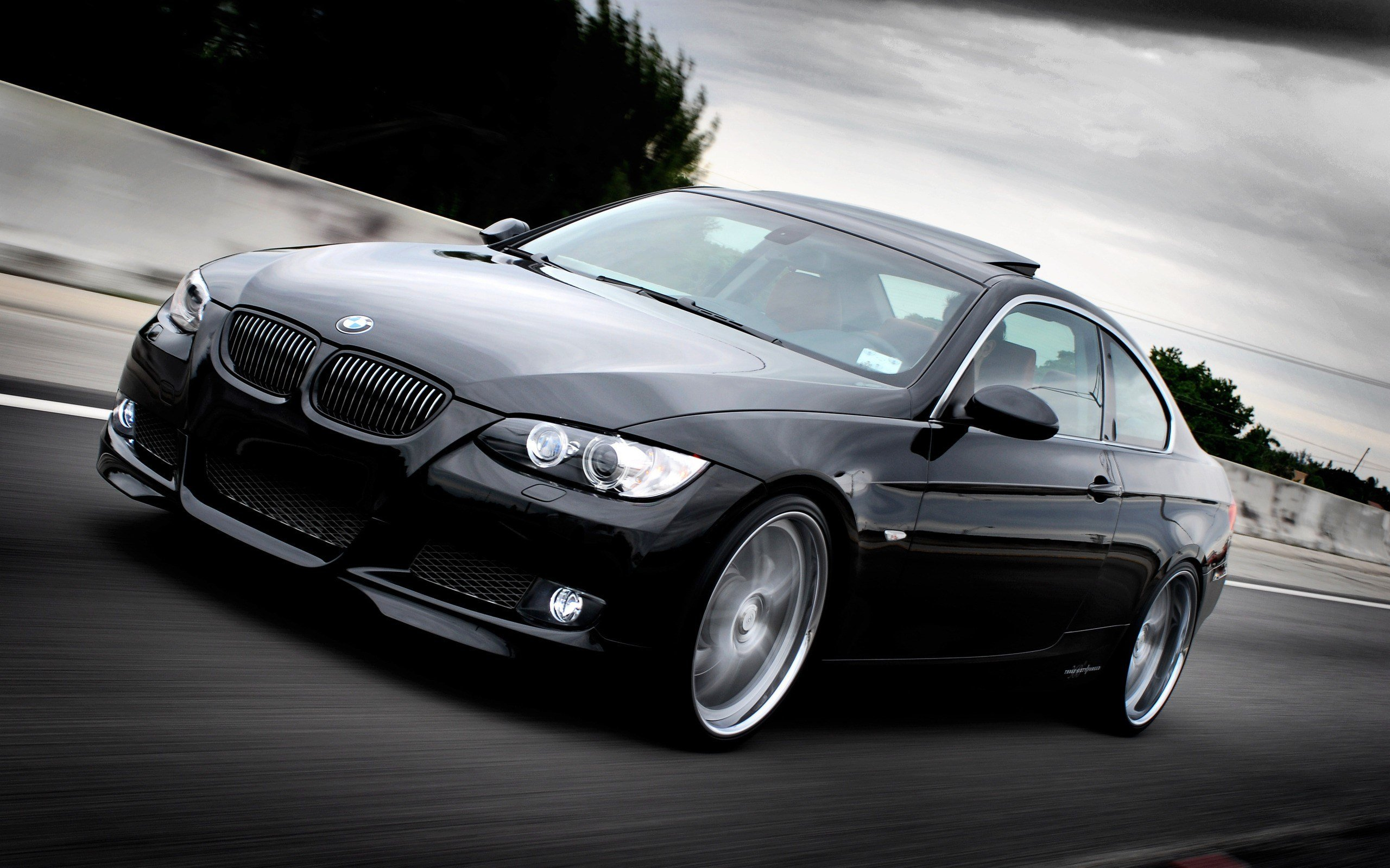 Latest Free Bmw Wallpaper And Background Wallpapersafari Free Download
