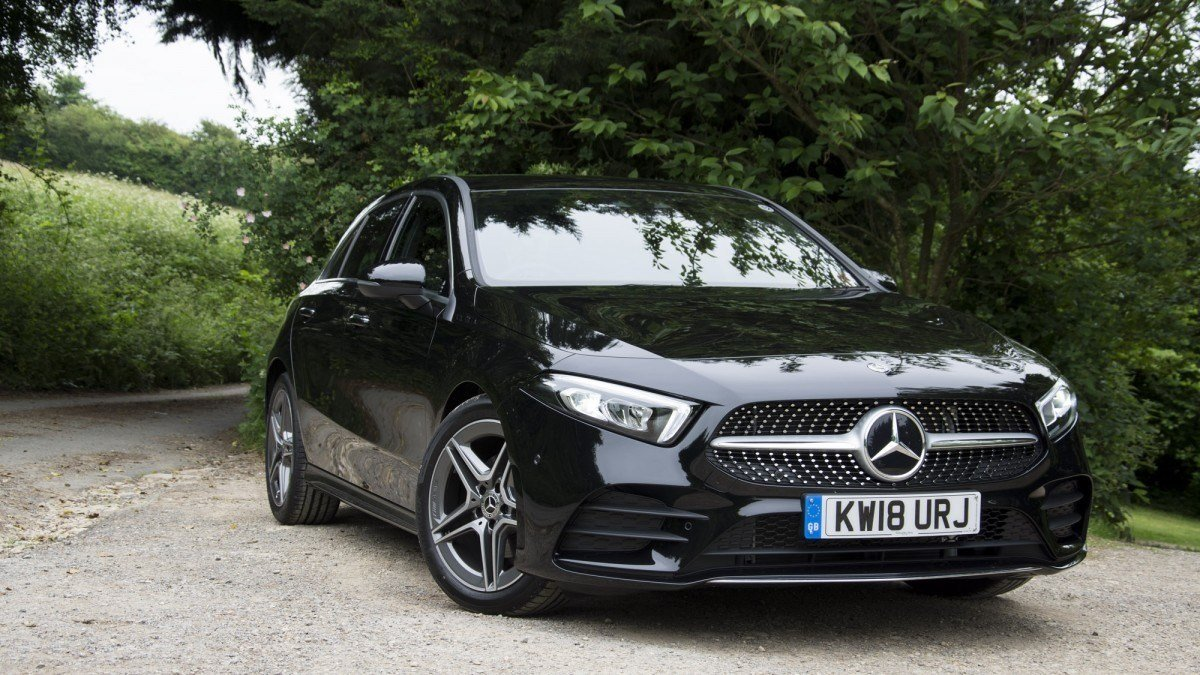 Latest Mercedes A Class 2018 Review Small Car Big Tech Alphr Free Download