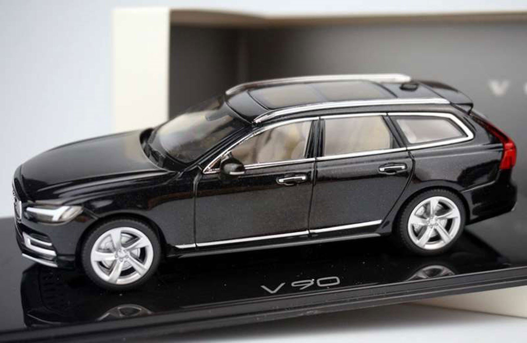 Latest Volvo S90 And V90 Big Volvos Are Back In 2016 Car Magazine Free Download