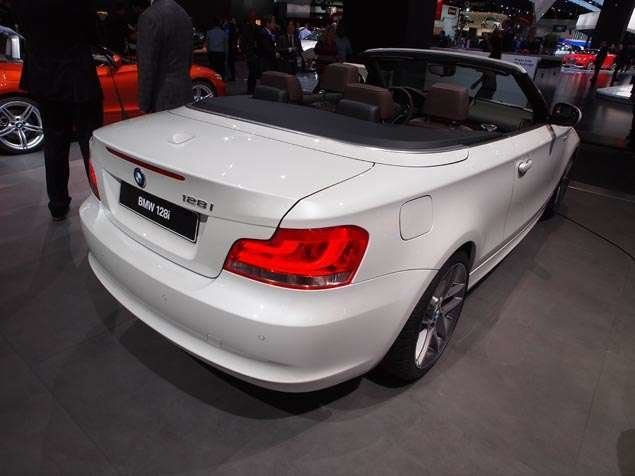 Latest Bmw 1 Series Convertible At The 2013 Detroit Auto Show Free Download