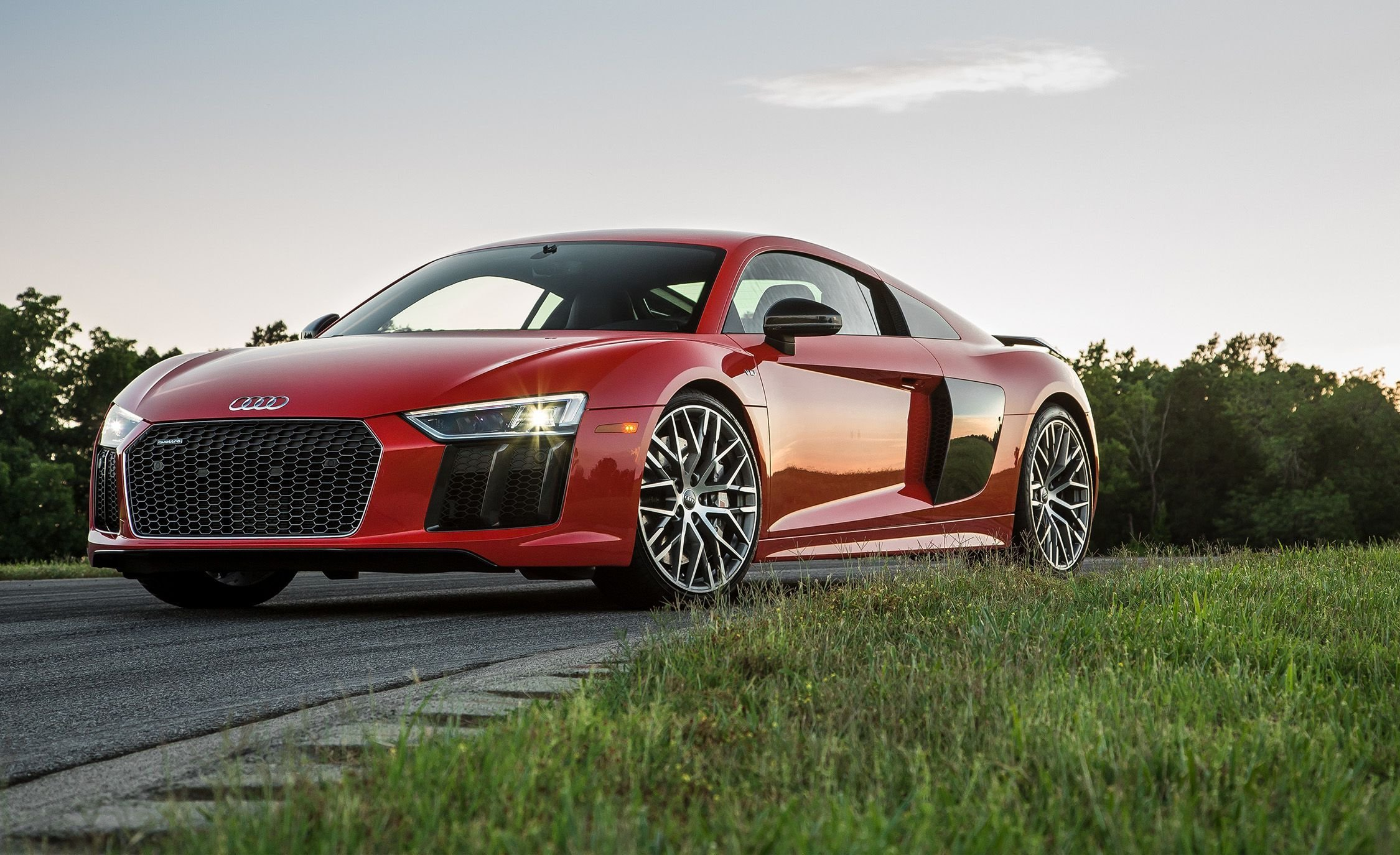 Latest Audi R8 Reviews Audi R8 Price Photos And Specs Car Free Download