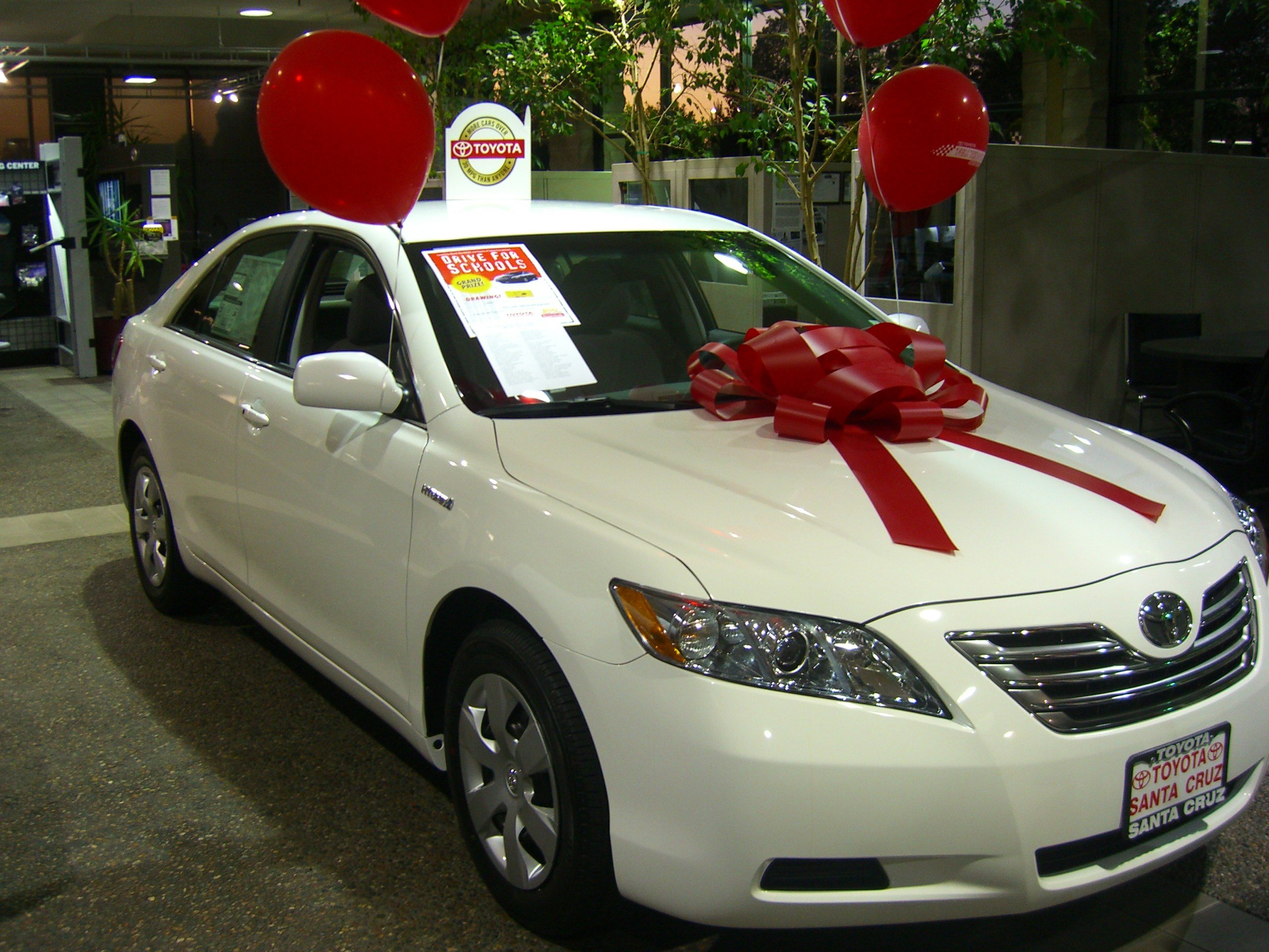Latest Car Raffle For 2009 Toyota Camry Hybrid Free Download