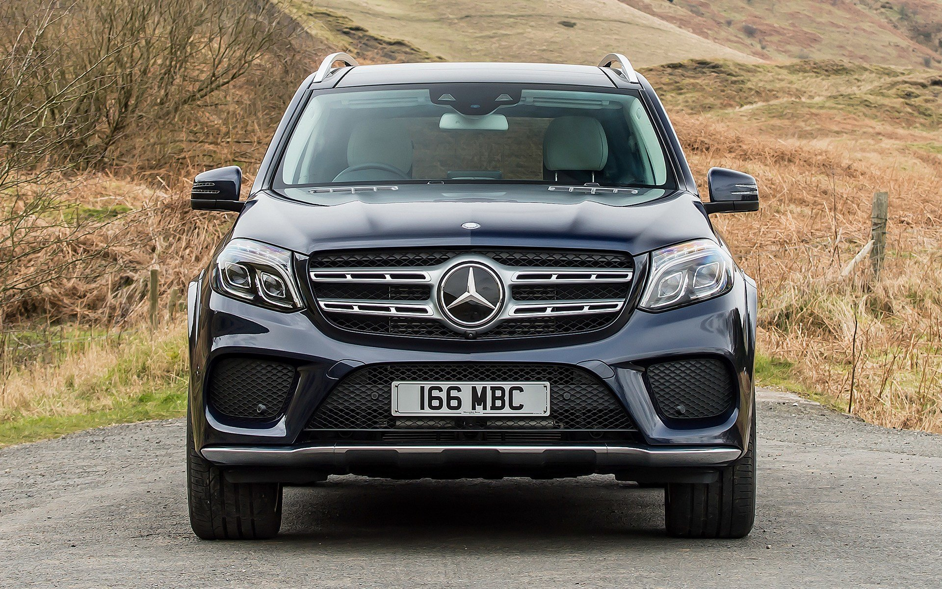 Latest Mercedes Benz Gls Class Amg Line 2016 Uk Wallpapers And Free Download