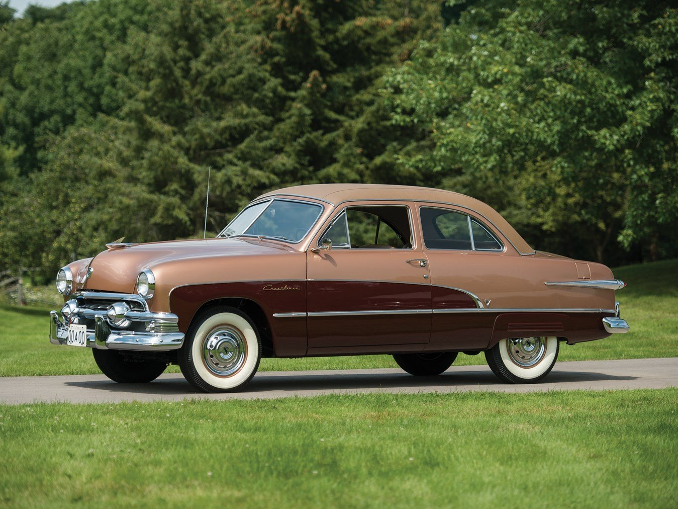 Latest Ford Custom Deluxe Crestliner 1951 0470Ch51 41981 Hershey Free Download Original 1024 x 768