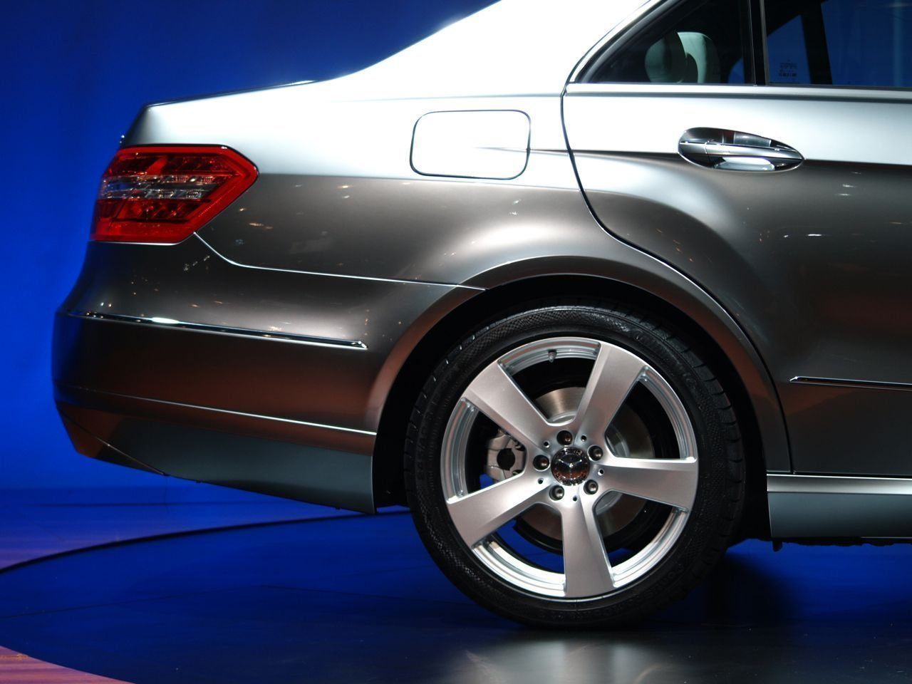 Latest Cars Mercedes Benz E250 Picture Nr 32296 Free Download
