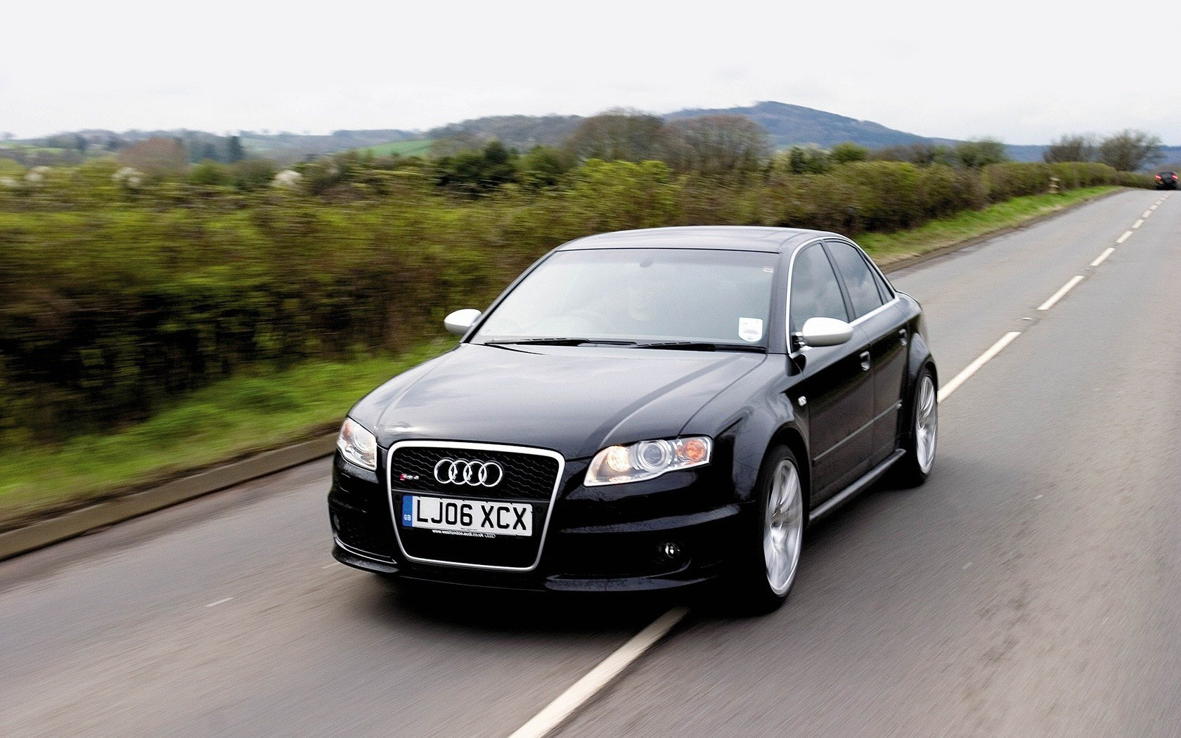 Latest Audi Rs4 Black Car Wallpapers 1680X1050 608192 Free Download