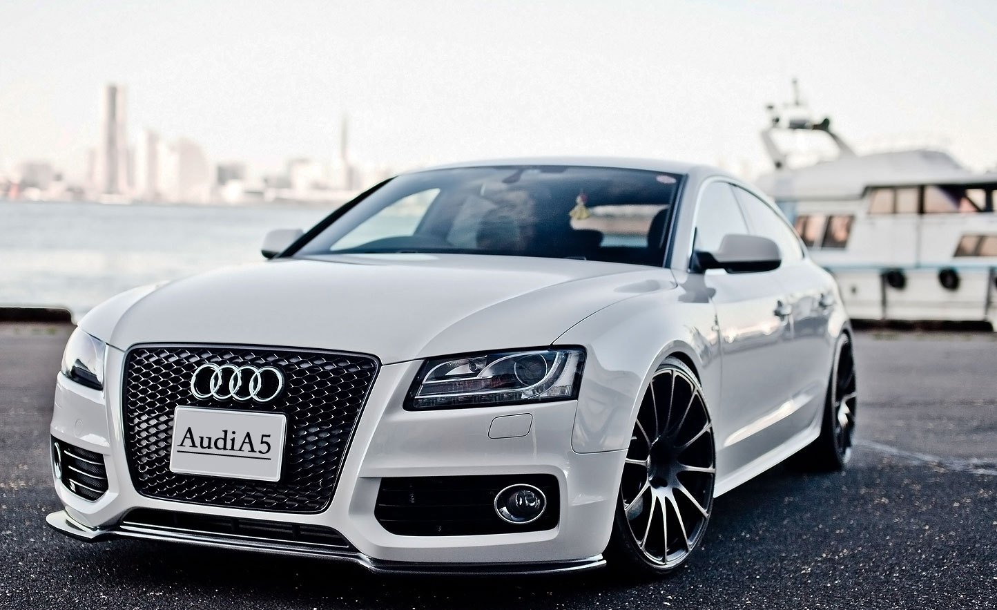 Latest Audi Plans To Launch Its Coupe Car Audi A5 In The End Of 2013 Free Download