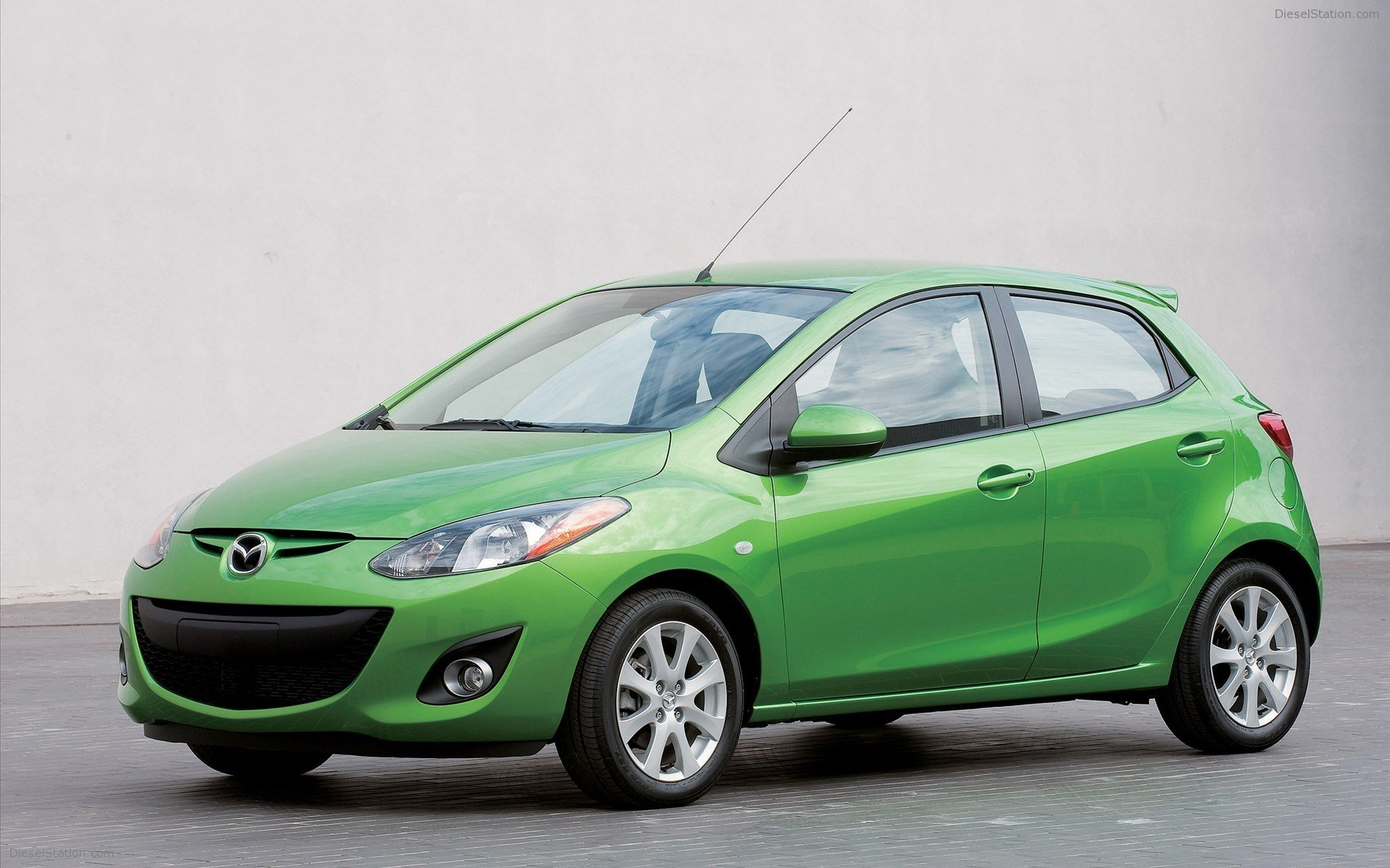 Latest Mazda 2 2011 Widescreen Exotic Car Photo 05 Of 14 Free Download