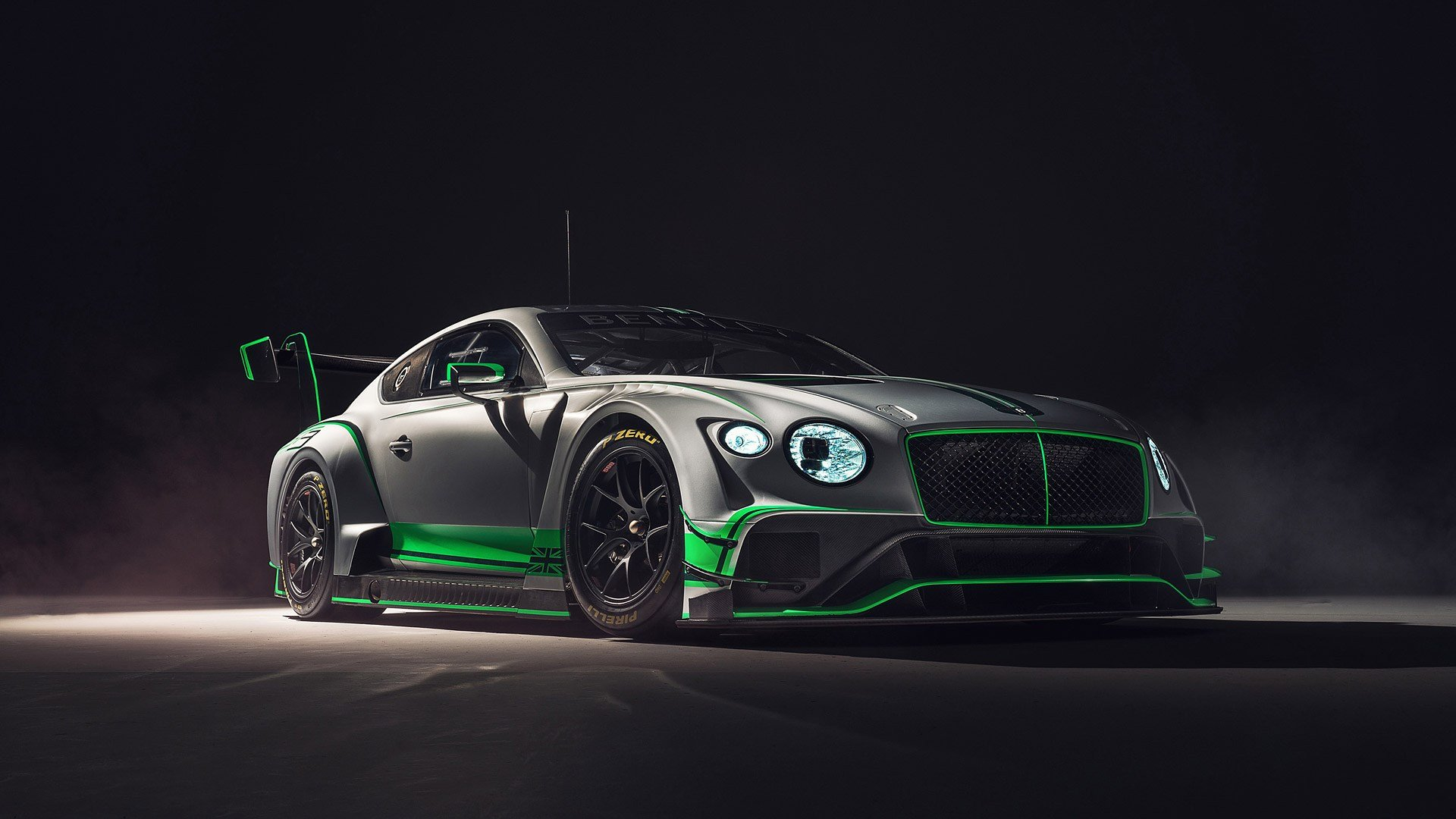 Latest 2018 Bentley Continental Gt3 Wallpapers Hd Images Free Download