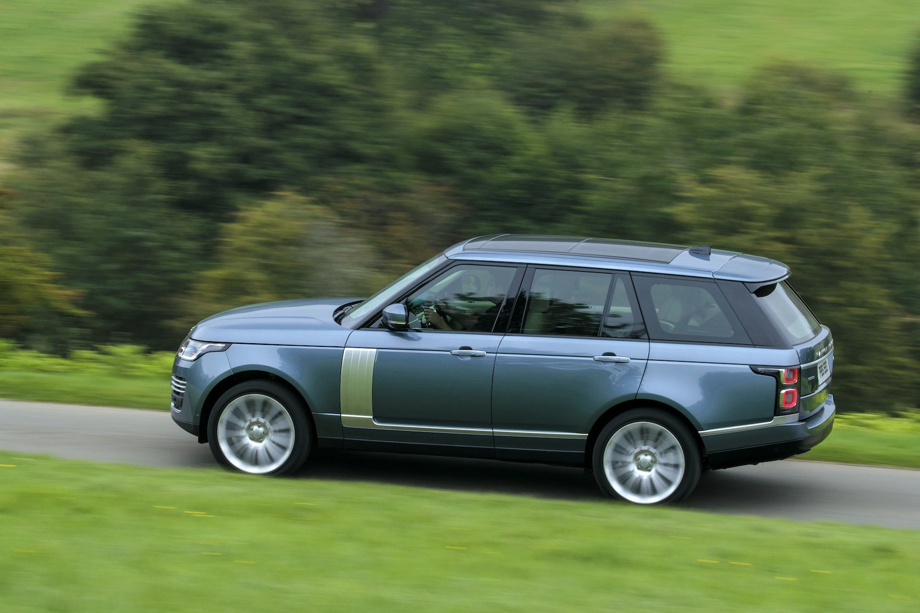 Latest The New Range Rover Silent Luxury Cars Life Blog Free Download
