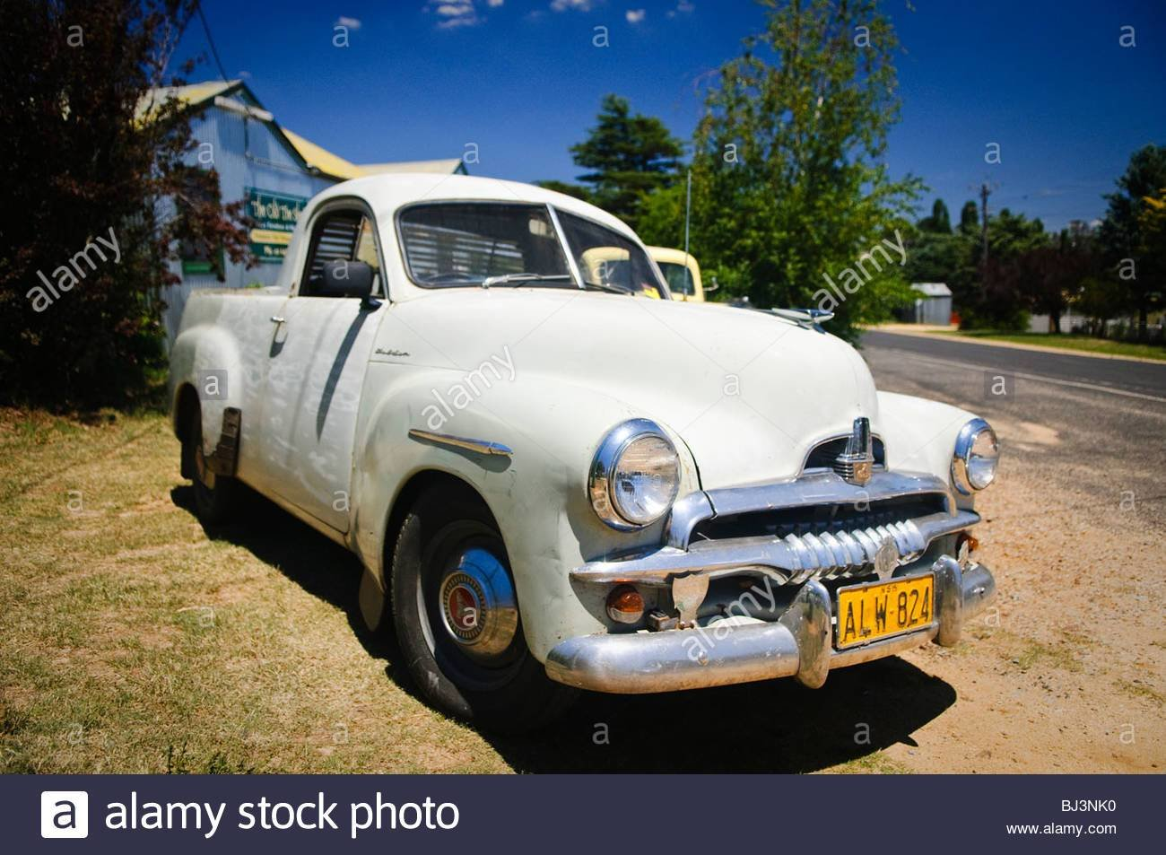 Latest Vintage Australian Cars Including A Classic Holden Ute Free Download