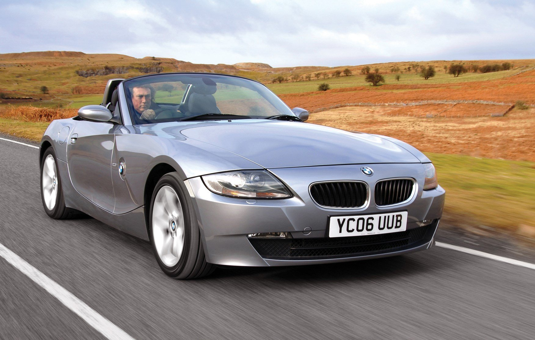 Latest Bmw Z4 Roadster Review 2003 2008 Parkers Free Download Original 1024 x 768