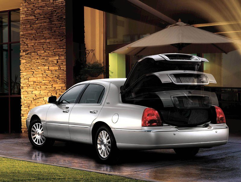Latest 2015 Lincoln Town Car Concept Oto News Free Download