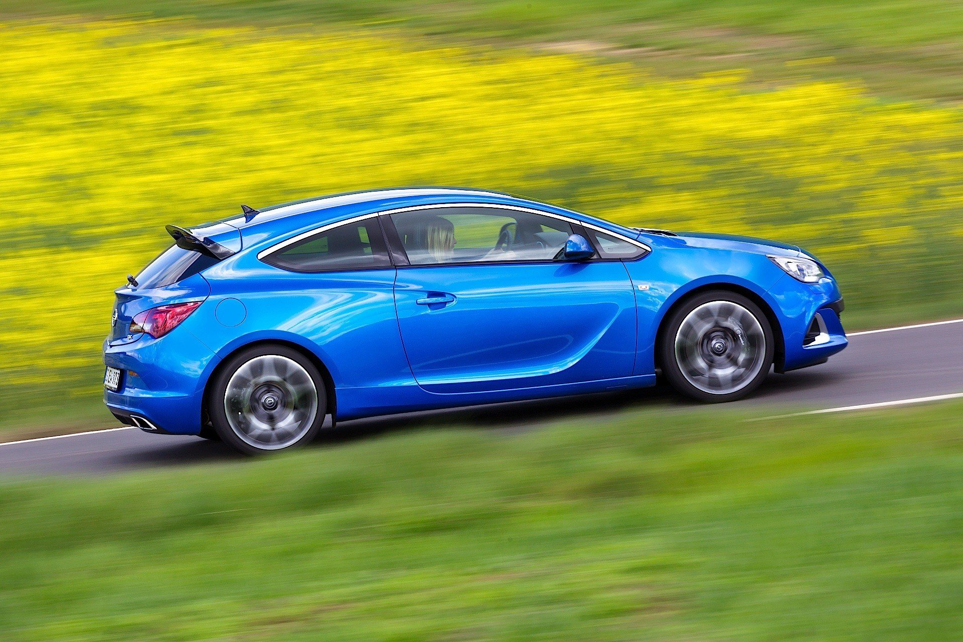 Latest Opel Astra Opc 2013 2014 2015 2016 2017 Autoevolution Free Download