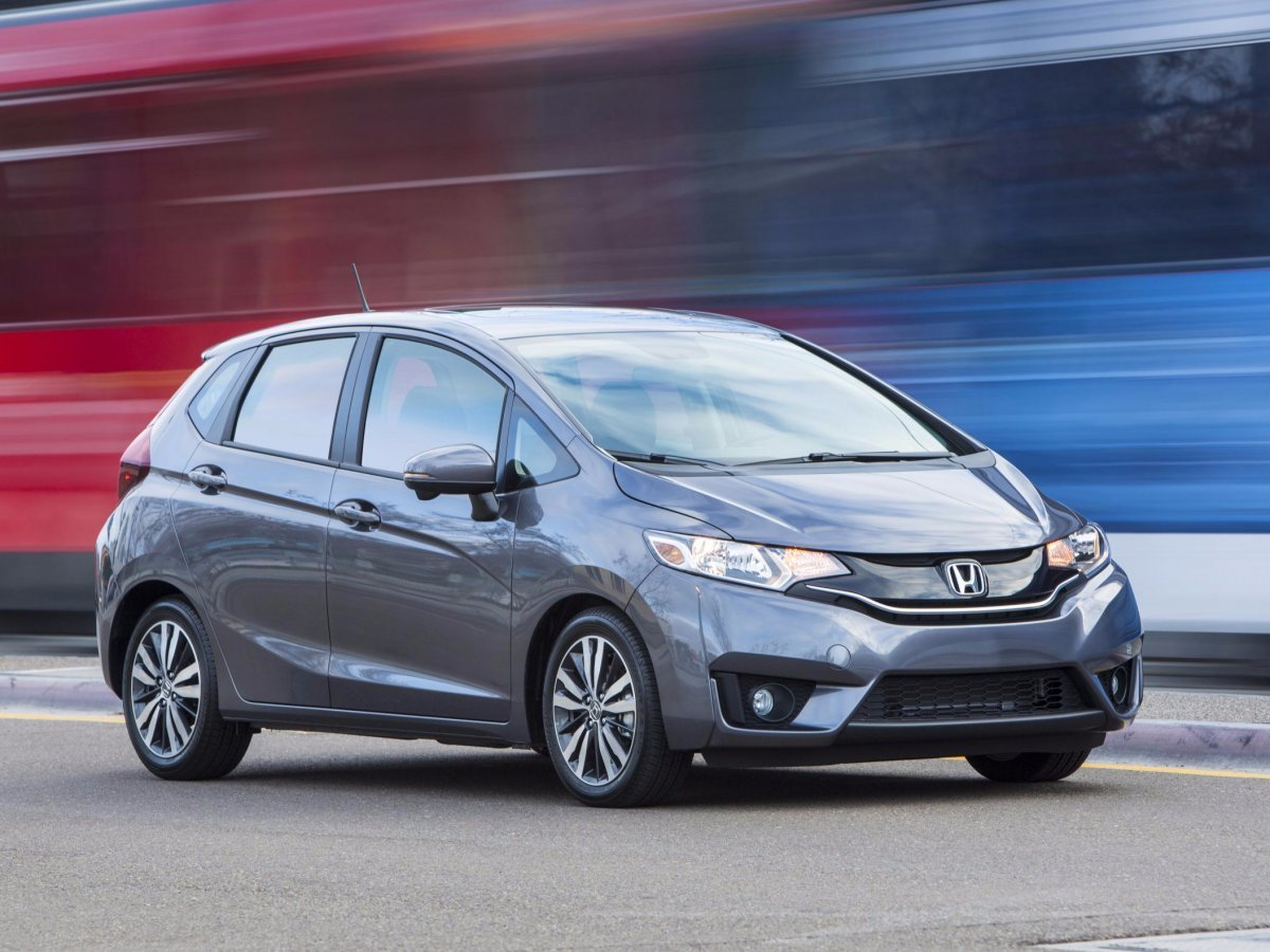 Latest Consumer Reports Has Announced Best Cars Of 2016 Free Download
