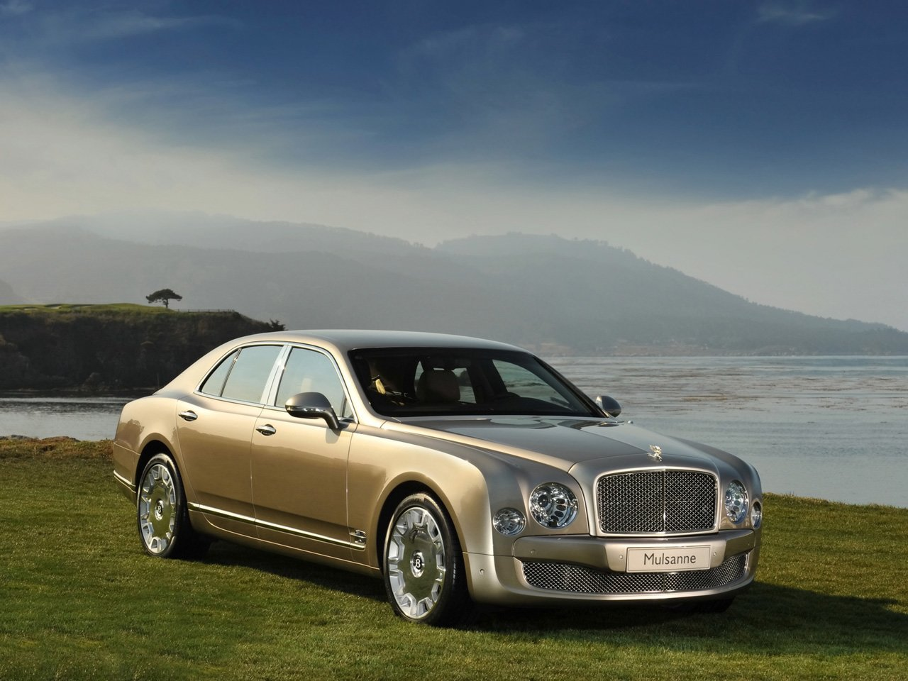 Latest Auto Zone Bentley Mulsanne 2010 Free Download