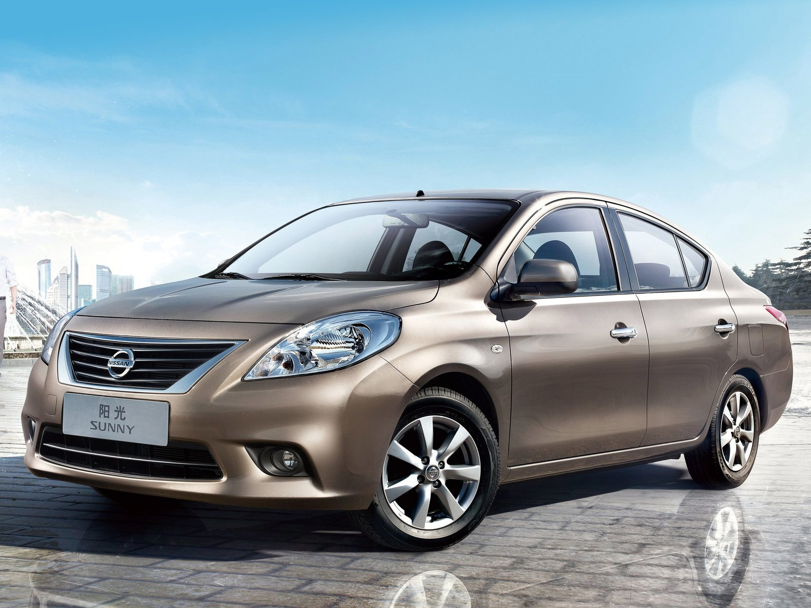 Latest 2012 Nissan Sunny Car Desktop Wallpaper Free Download