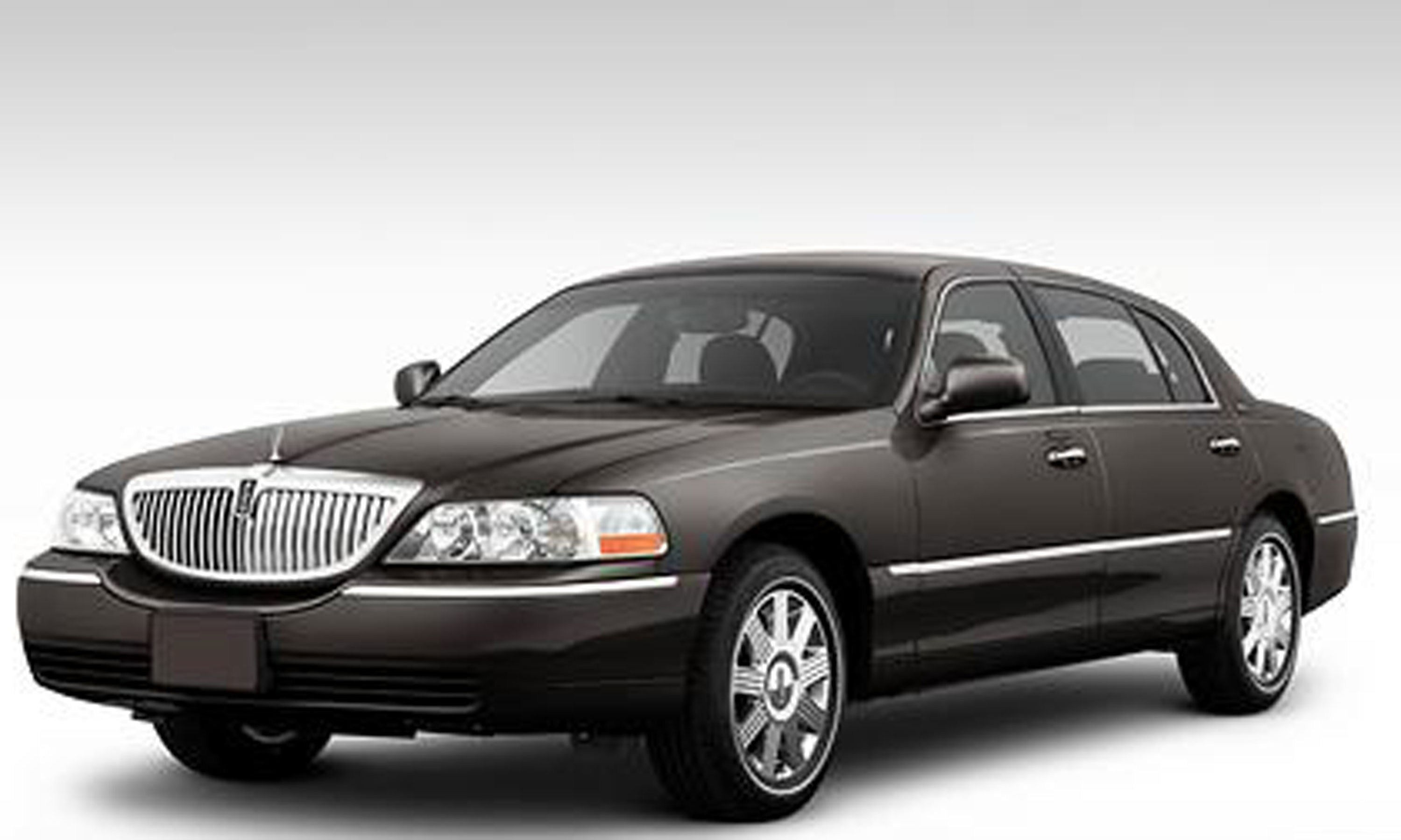 Latest 2011 Lincoln Town Car Photos Informations Articles Free Download Original 1024 x 768