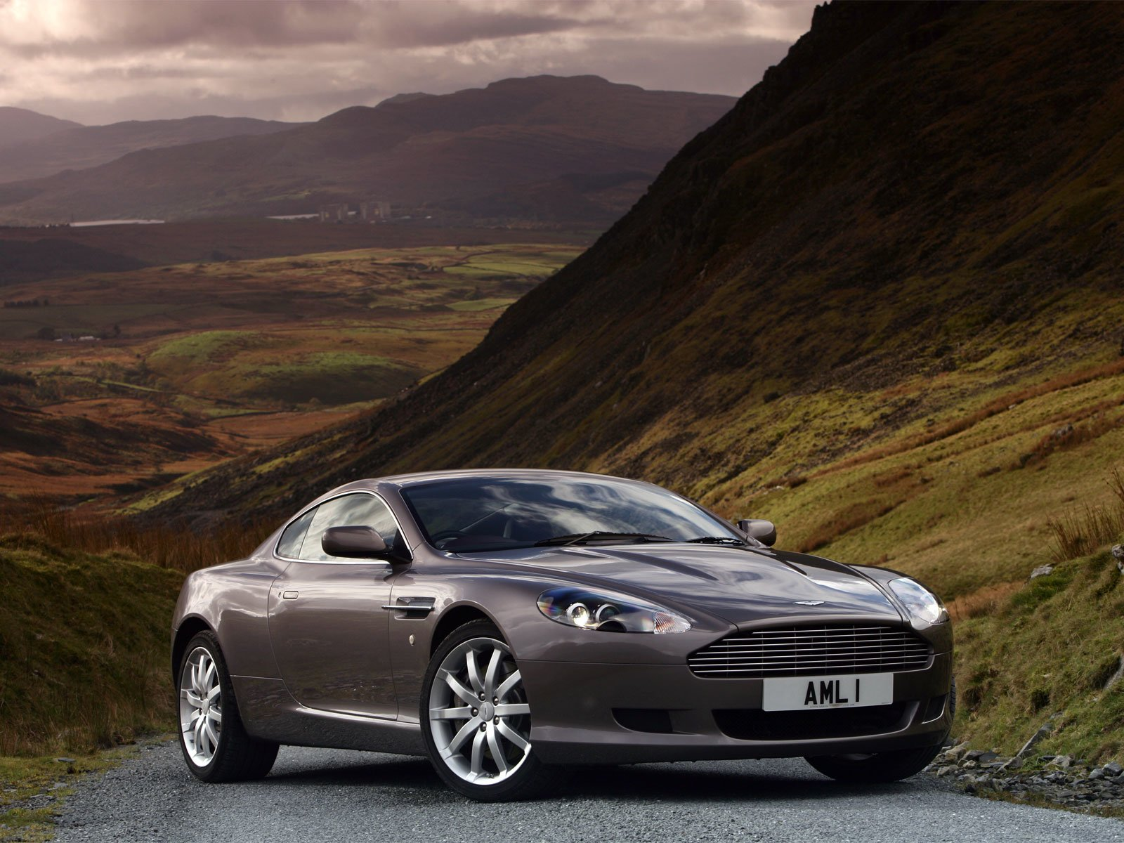 Latest Sport Cars Concept Cars Cars Gallery Aston Martin Db9 Free Download