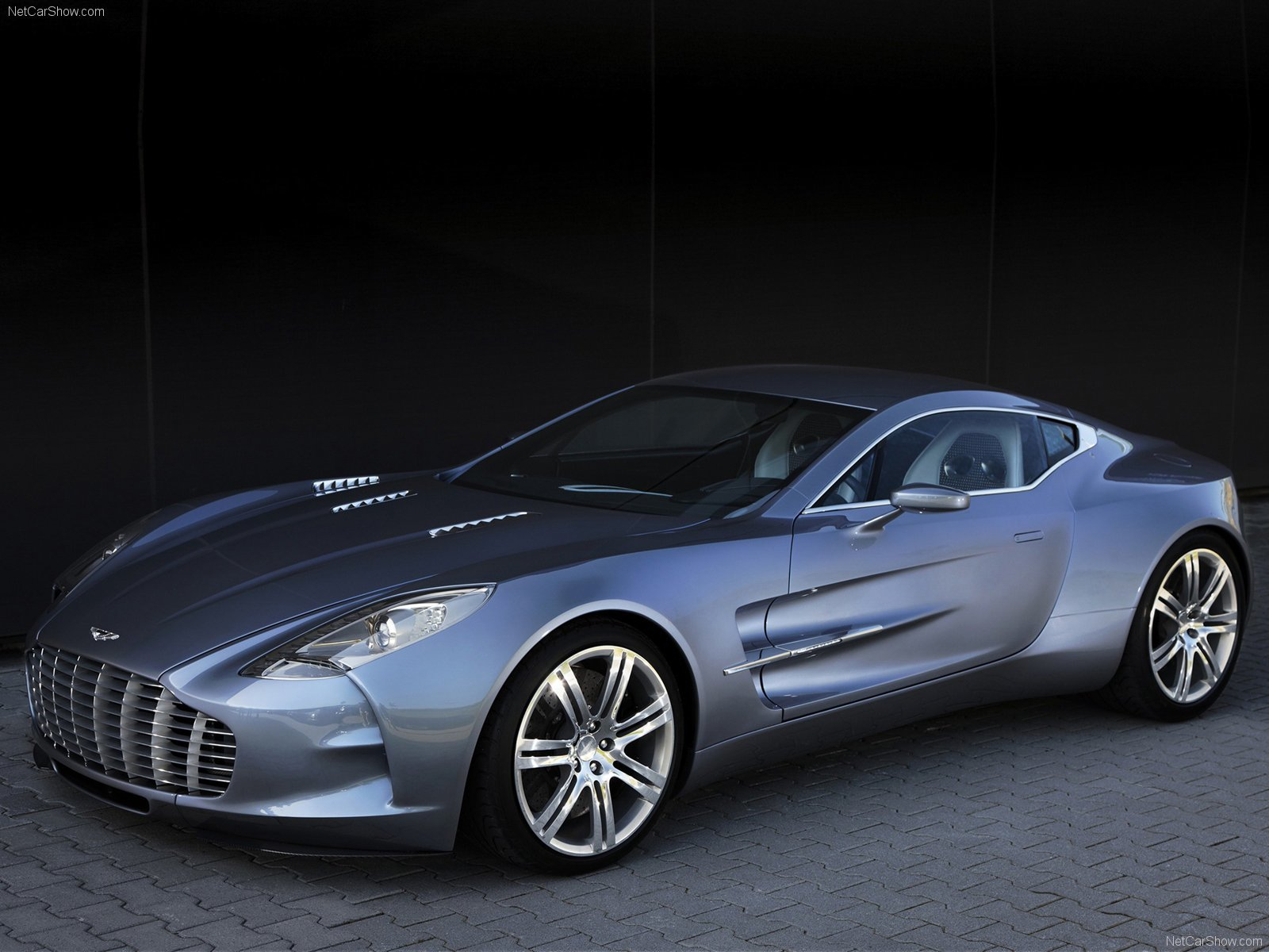 Latest Aston Martin One 77 Wallpapers Car Wallpapers Free Download