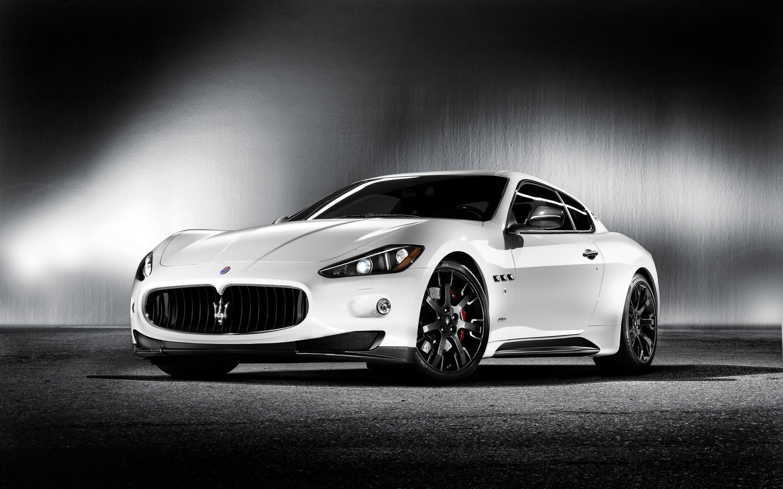 Latest Free Cars Hd Wallpapers Maserati Quattroporte S Sport Car Free Download