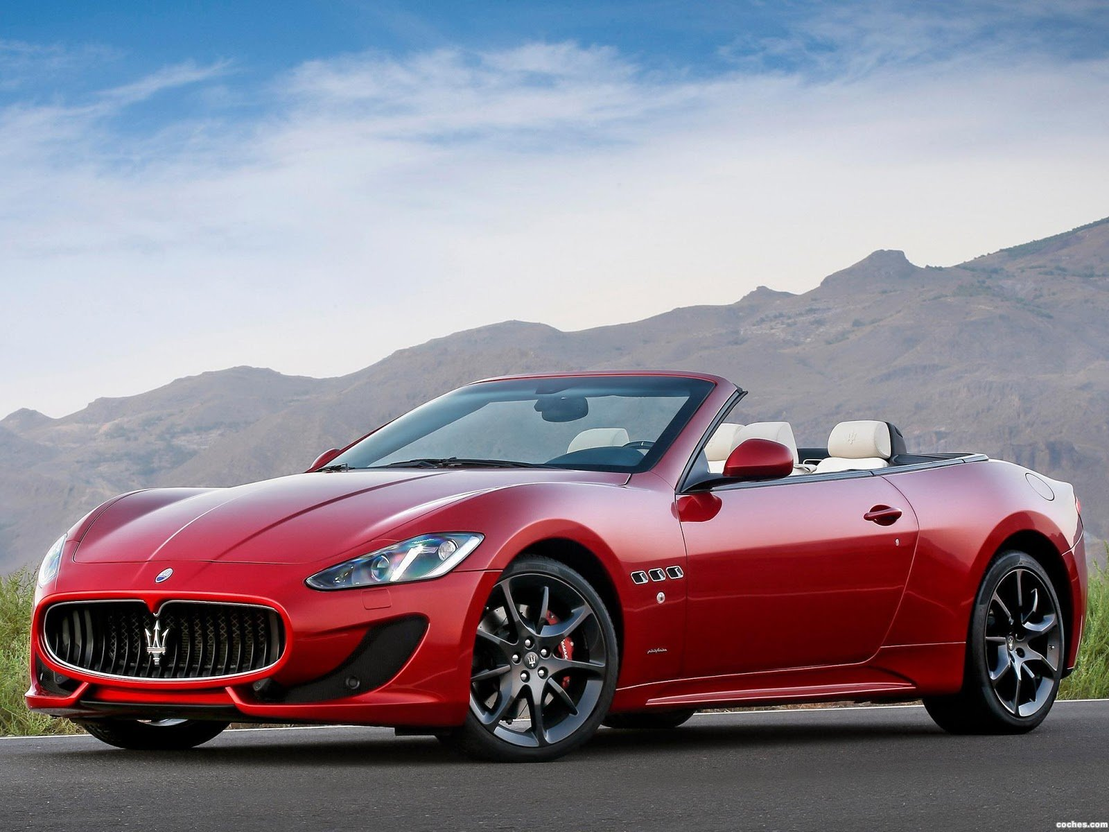 Latest 2013 Maserati Grancabrio Sport Auto Cars Concept Free Download