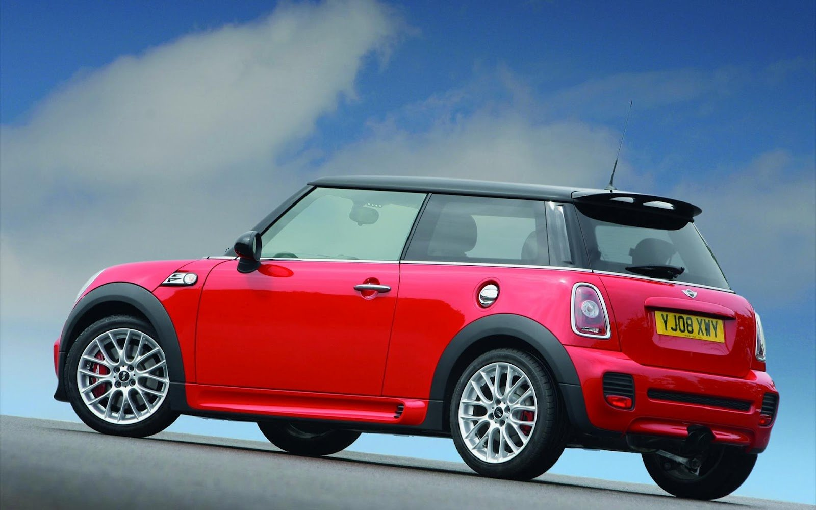 Latest Mini Cooper Wallpapers 1 Car Wallpapers Free Download