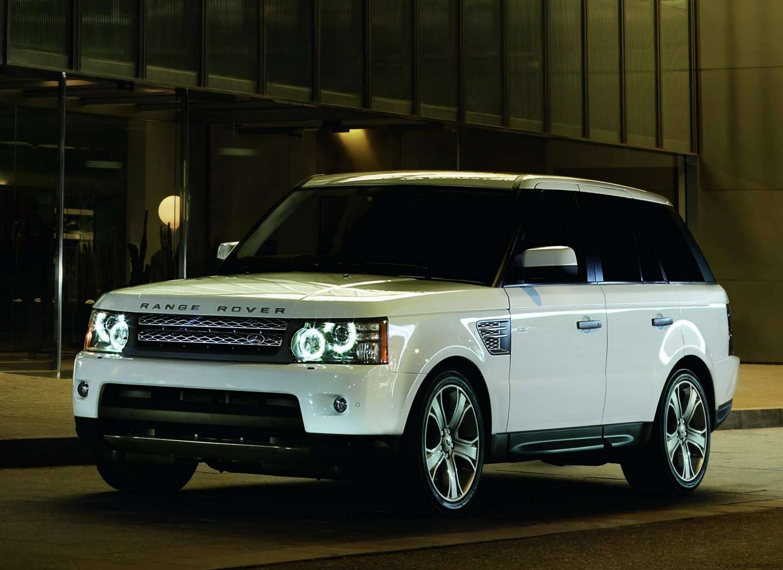 Latest Range Rover 2012 Free Download