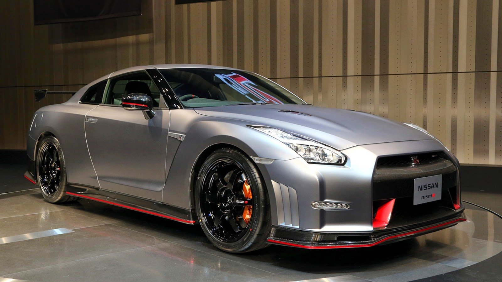 Latest Nissan Gtr Wallpaper Hd Hd Wallpaper With Cars Free Download