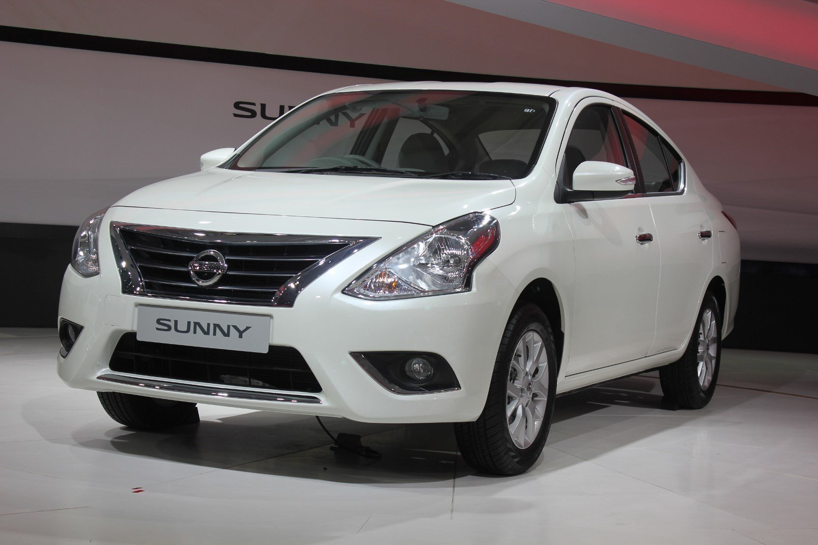 Latest 2014 Nissan Sunny Car Tavern Free Download