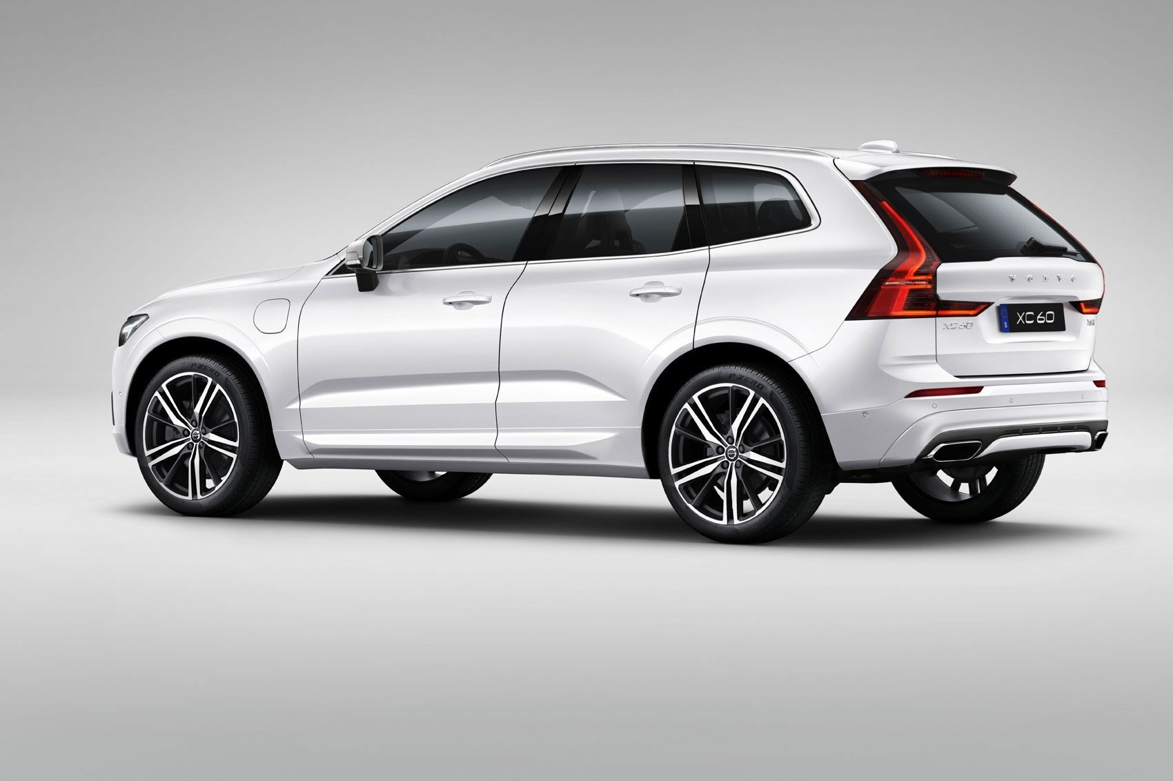 Latest New Volvo Xc60 Unveiled At Geneva 2017 By Car Magazine Free Download