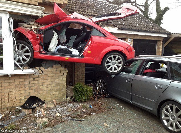 Latest Drink Driver Who Crash Landed His Audi Tt Into The Side Of Free Download