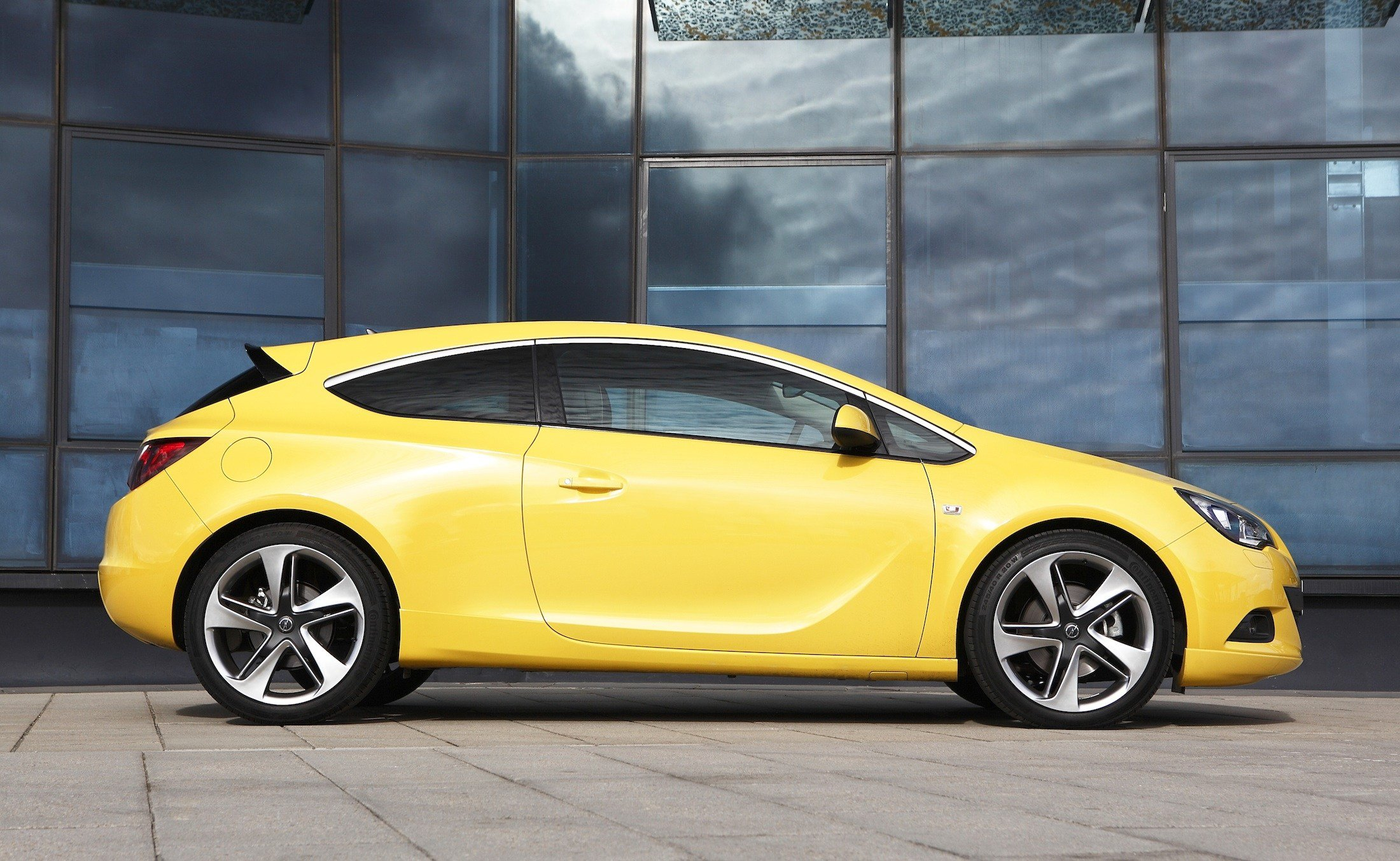 Latest Opel Astra Gtc Pricing And Specifications Revealed Free Download