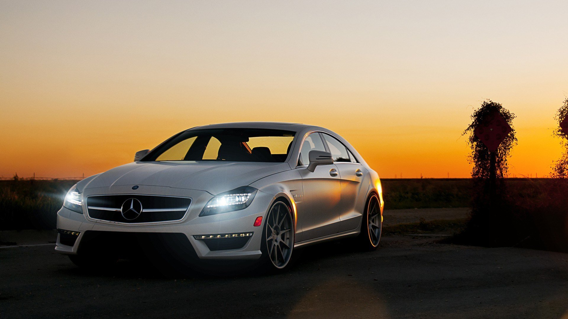 Latest Mercedes Benz Cls63 Wallpapers Hd Wallpapers Id 11059 Free Download