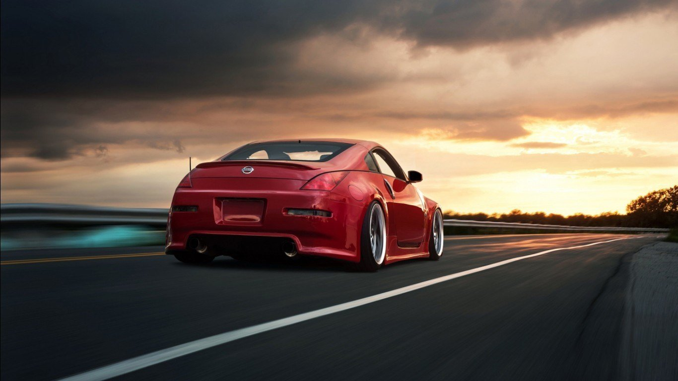 Latest Racing Nissan 350Z Wallpapers Hd Wallpapers Id 13211 Free Download