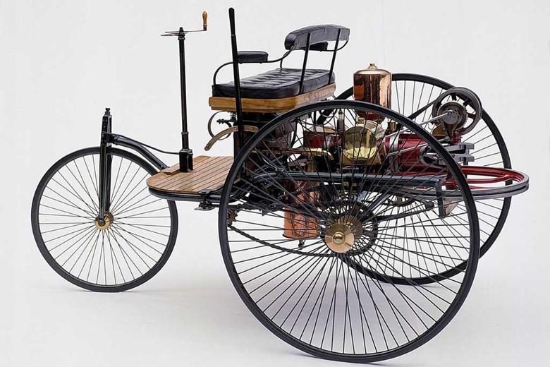Автомобиль на трех колесах