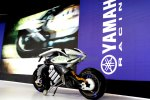 Yamaha MOTOROiD Autonomous Bike Showcased auto expo 2018