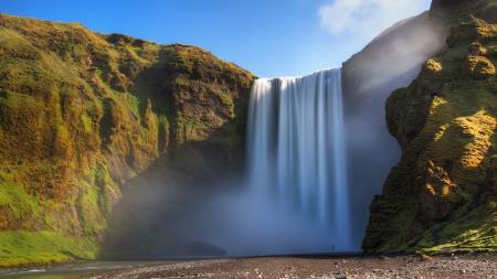 thunder_mist waterfall iceland ferie