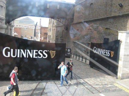 Leje-Autocamper-Dublin-Irland-Autocamper-udlejning-Dublin-Irland