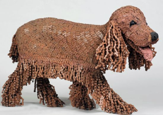 Nirit Levav chain dog sculpture 3